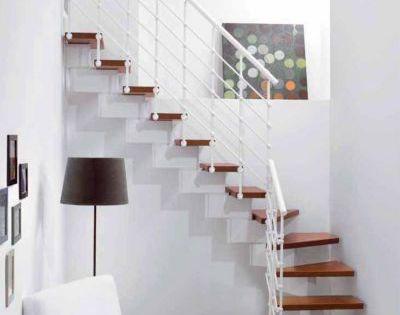 Escalier En L Metal Et Bois Magia 90xtra L 70 Cm 11 Marches Blanc Cerisier En 2020 Escaliers Interieur Idees Escalier Escalier