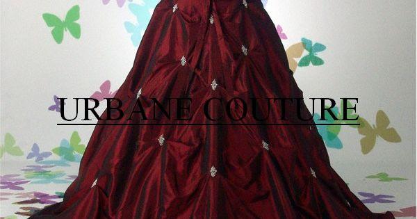 gothic dress. I'd soooooooo use this as a prom dress.