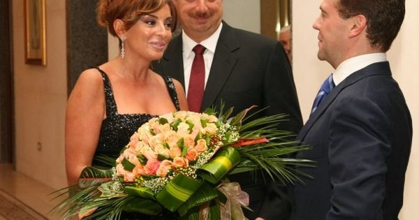eurovision azerbaijan hosts