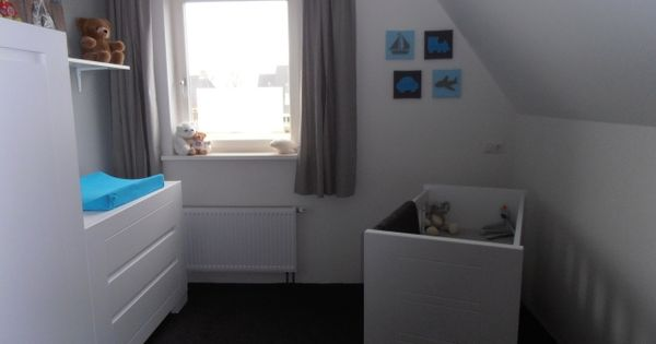 Babykamer inspiratie voor jongen nursery room for a boy in aqua and gray kinder baby kamer - Kleur voor baby boy kamer ...
