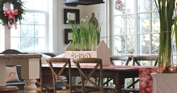 Farmhouse table and statement light fixture. Love the fixture but not the