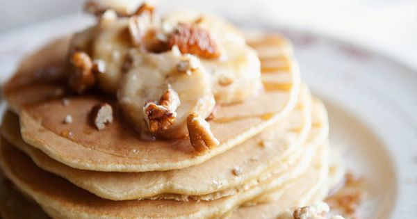 roasted banana whole wheat pancakes // sunday morning must.