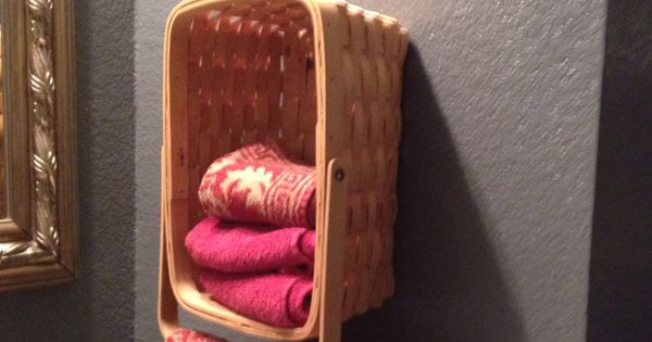 Picnic basket towel holder! Cute idea!