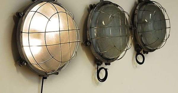 Large round bulkhead light with double bulbs patinated