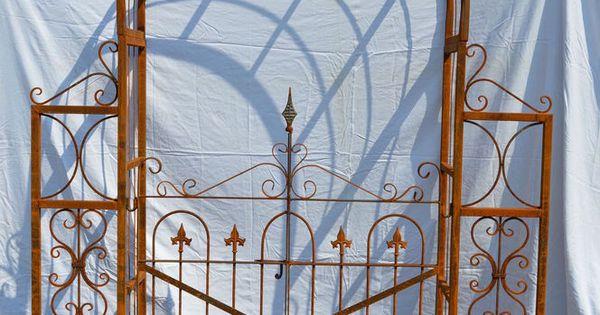 Arche de jardin en fer forge avec portillon jardin for Portillon fer jardin