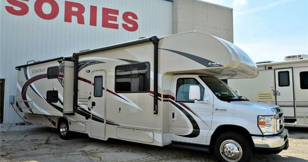 Used 2017 Thor Motor Coach Chateau 30c Motor Home Class C