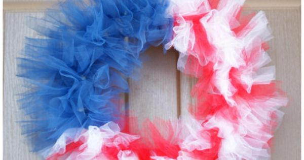 Patriotic Tulle Flag Wreath tulle wreath flag July_4th July_Fourth USA