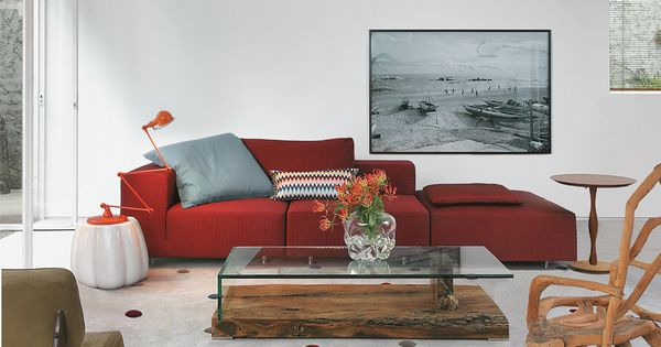 parceria entre tapete e sof deve ser bem afinada na sala lofts living rooms and room