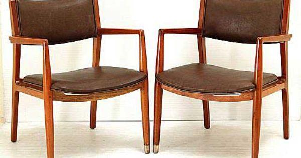 Armchairs by Pedro Ramírez Vázquez for IRGSA | Muebles