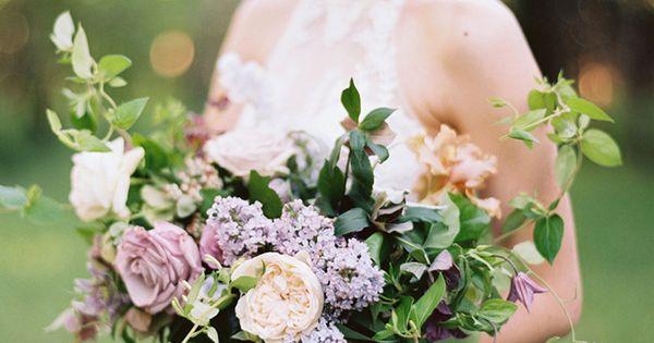 Lilac Bridal Portrait Session - #bridalportrait #elegant #lilac