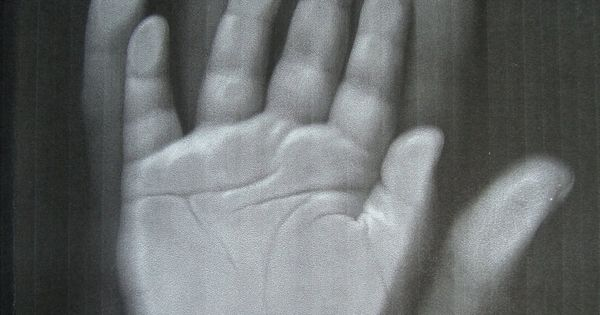 Why didn't I think of this??? Copy machine for hand prints vs