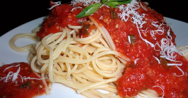 Best Homemade Spaghetti Sauce Recipe From Fresh Or Canned Tomatoes Gardens Spaghetti Sauce