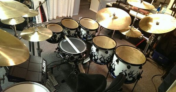 The Modern Large Setup 8 10 12 Toms 14 16 Floor Toms And A 22 Inch Kick Great Finish Though As You Will See Drums Drum Set Drum Kits