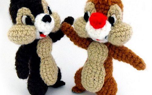 Laid Back Cat Amigurumi : Chip n Dale of Knabbel & Babbel zijn twee eekhoorntjes ...