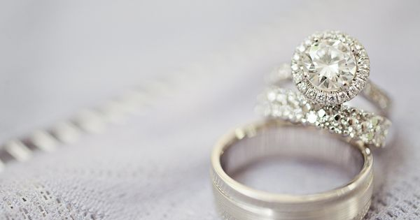 Halo engagement ring (1313 Photography)