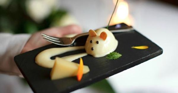 Whimsical Mouse Cheese Plate Le Manoir Aux Quat Saisons Oxford England Cheese Plate English Food Fine Dining Restaurant