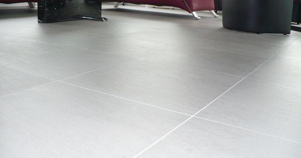 Woonkamer vloertegels grijs strak met lichte voeg mooie tegelvloeren pinterest vloertegels - Imitatie cement tegels ...