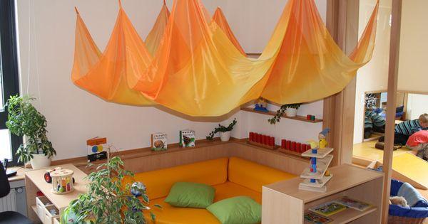 Gruppenraum kiga pinterest kita raumgestaltung und for Raumgestaltung waldorfkindergarten