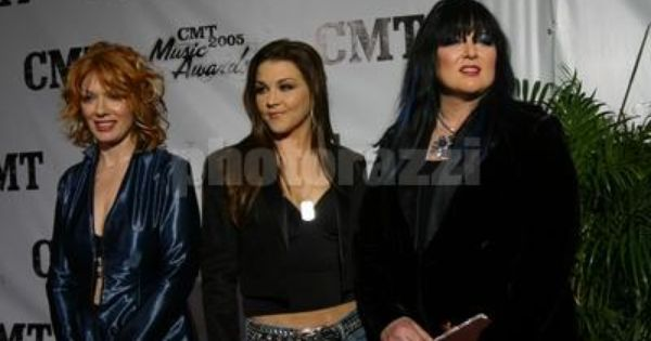 Gretchen Wilson With Ann Amp Nancy Wilson Heart Amp Friends