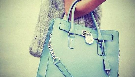 LOVE the Bag :) Designer bags! super cheap, Michael Kors Bags in