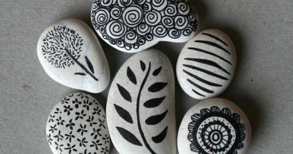 sharpie + rock = diy do it yourself diy decorating ideas diy