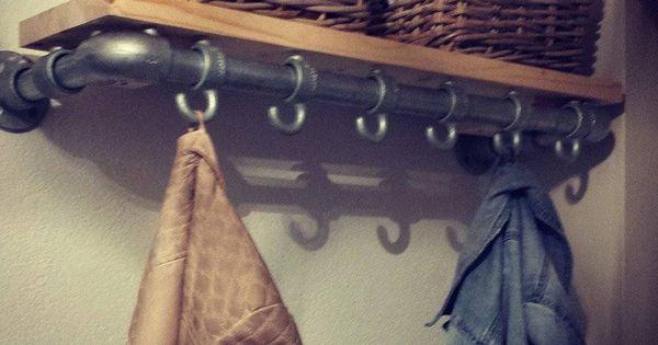 Eigentijdse design meubelen home decorations pinterest kapstok kapstokken en industri le - Eigentijdse design ingang ...