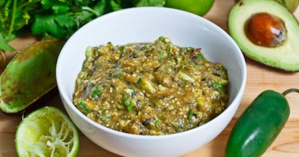 Closet Cooking: Avocado and Roasted Tomatillo Salsa