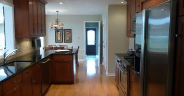 Valspar Cincinnatian Hotel Hannaford My Living Room And Hall Color Galley Style Kitchen Hall Colour Living Room Kitchen
