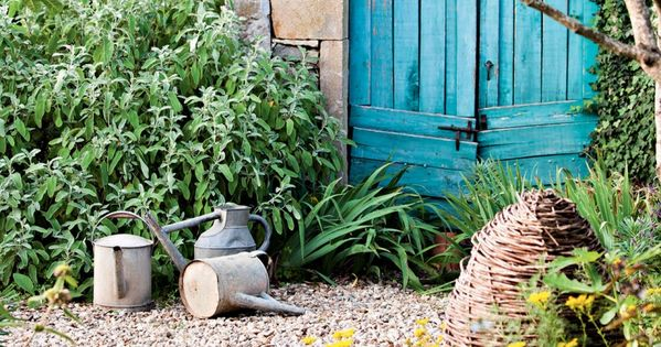 4 astuces pour un beau jardin sans entretien portes for Jardin potager sans entretien