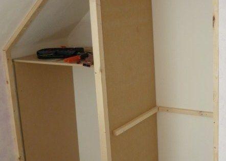 faire ses placards soi m me du sur mesure pas cher pour am nager les combles l 39 espace sous. Black Bedroom Furniture Sets. Home Design Ideas