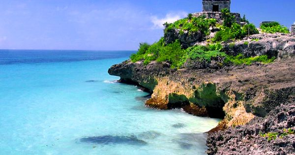 Mayan Ruins at Tulum - Riviera Maya this place is amazing in