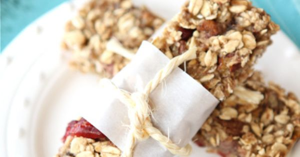 Low Fat Granola Bars with Bananas, Cranberries & Pecans | Recipe ...