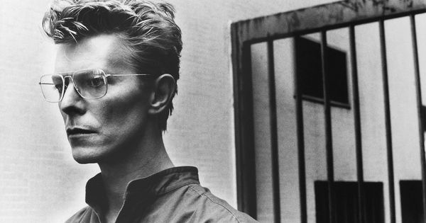David Bowie- Photo Helmut Newton