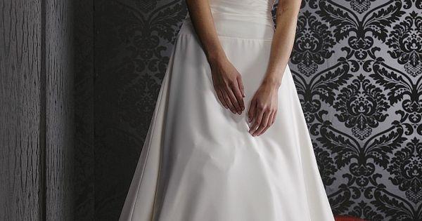 Brautkleid schlicht romantisch  Brautkleid  Pinterest