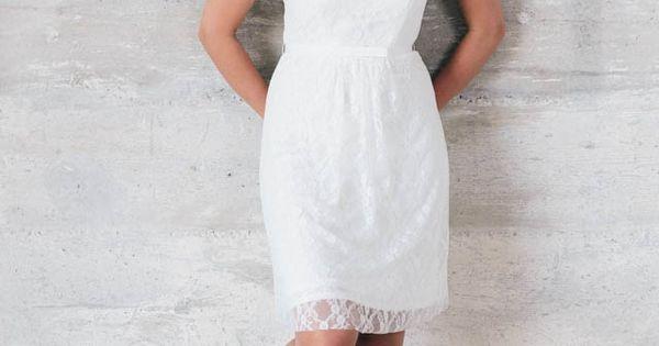 Mia - kurzes Hochzeitskleid in angenehmer Stretch-Spitze · küss die ...