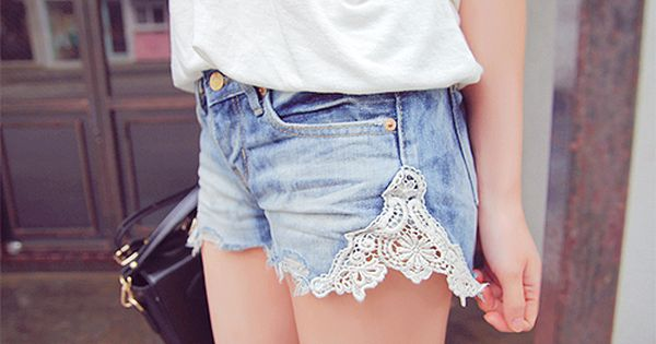 DIY lace shorts.