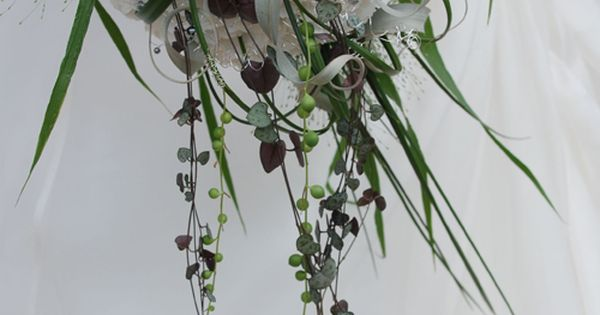 Bridal bouquet - Interview with florist, David Ragg | Flowerona