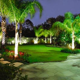 Tropical Landscape Design Ideas It S Like A Little Piece Of Paradise In Your Backy Tropical Landscape Design Tropical Landscaping Tropical Landscape Lighting