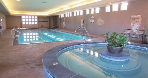 Indoor Swimming Pool Spa In Entrada At Snow Canyon Indoor Swimming Pools Indoor Swimming Swimming Pool Spa