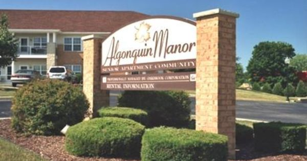 Algonquin Manor Senior Affordable Apartments In Brown Deer Wi Found At Affordablesearch Com Affordable Apartments Brown Deer Apartment