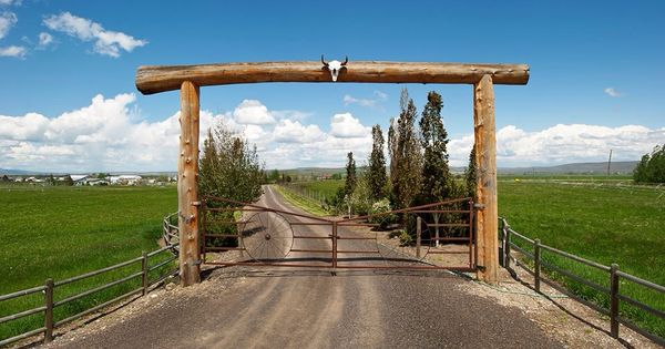 Love This Ranch Driveway Entrance New Home Ideas