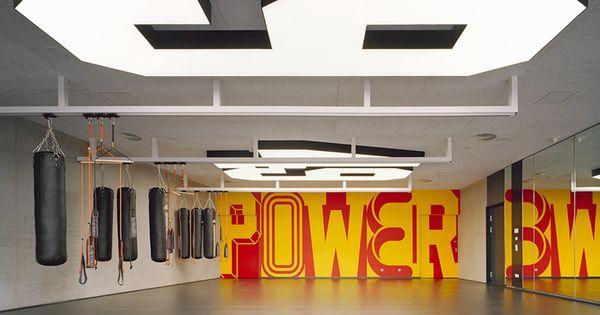 Adidas gym buro uebele 02 typography pinterest - Industrial style buro ...