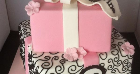 Cake Design 18th Birthday Girl : Katherine s 18th birthday cake Bolos /Beautiful Cakes ...