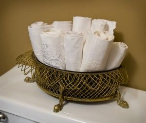 Decorative Towels For Powder Room  from i.pinimg.com