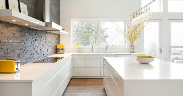 Ikea voxtorp simple kitchen luxury tiny home pinterest k k hus och house - Keuken witte laquee ...