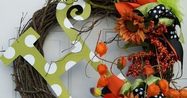 fall wreath- must make this for my front door.