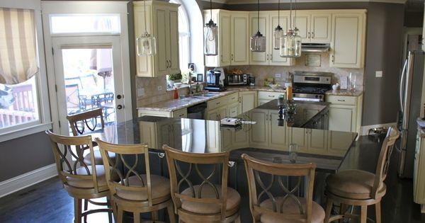 Bi level kitchen islands google search house reno for Bi level kitchen ideas