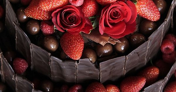 Strawberry chocolate truffle cake tower.