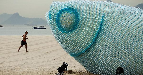 How many large fish sculptures could be created out of one days