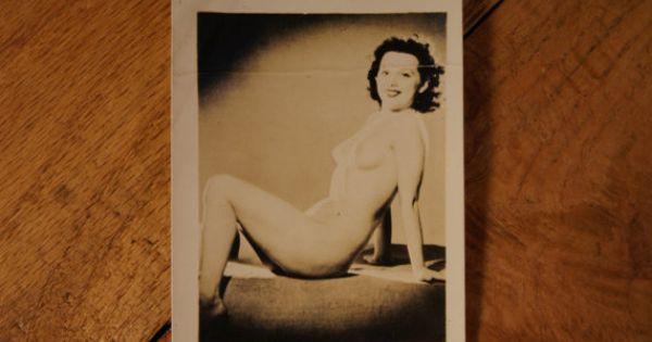 Leslie nicoll nudist